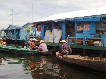 Cambodge Village flottant Kompong-Luong