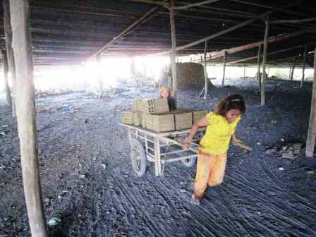 Bamboo_train Battambang